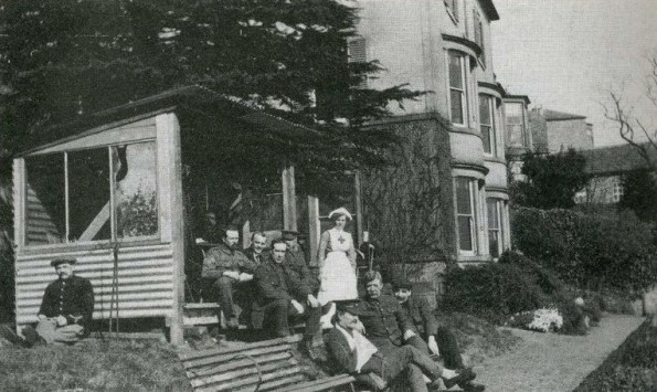 REST: Staff with patients at Frenchgate House hospital in Richmond in 1916