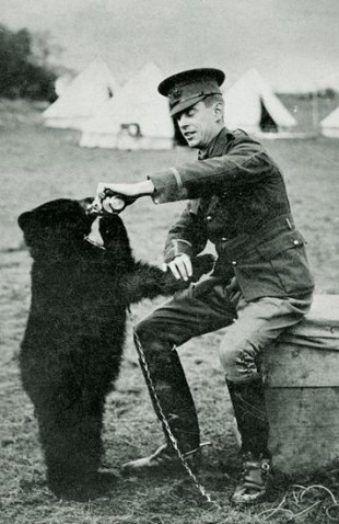Canadian Lt Harry Colebourn and Winnipeg his bear during the First World War
